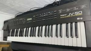 ☆Roland ローランド JV-50 EXPANDABLE SYNTHESIZER シンセサイザー 61鍵盤 現状・使えるジャンク特価!g0j363