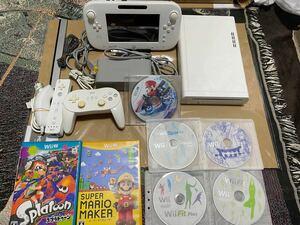 Wiiu本体8GB、周辺機器セット ソフトはジャンク扱いのオマケ