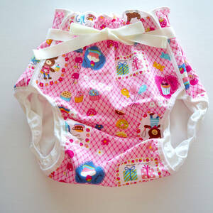 【新品】大人用おむつカバー M クマちゃん×クッキング(ピンク) 腰ひも フィラインベイビーズ/Feline Babies