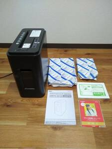KOKUYOkokyoSilent-Duo Cross cut shredder super quiet sound CD* card small . possibility automatic type amkps-mx100 urban black extra equipped
