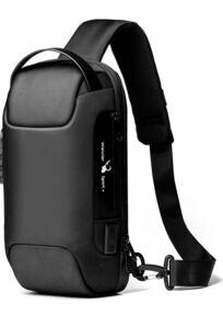 ワンショルダーバッグ ショルダーバッグメンズ ボディバッグ 大容量 USBポート 防水 軽量 車デザイン 大好評 黒色盗難防止