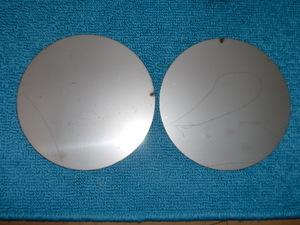 ステンレスの丸板2枚