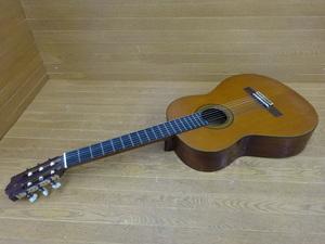 G-2-10257A ● YAMAHA ヤマハ ◆ クラシックギター C-200 ◆ 音楽 楽器 弦楽器 ギター