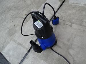 売り切り 未使用 水中ポンプ 100V 400W 家庭用 軽作業 農作業 洗車 雨水 汚水くみ上げ アウトドア キャンピングカー 水害 台風災害対策