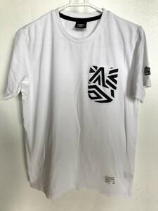 03M5139【Umbro】アンブロ/デサント/白ホワイト系/クルーネック/Tシャツ/半袖/ポケット・ワッペン付き/M