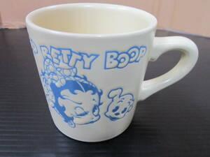 m000765 Betty Boop(ベティ ブープ) マグカップ 未使用