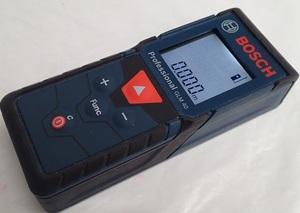 10195[Y]通電確認済み♪Bosch ボッシュ Professional プロフェッショナル レーザー距離計 GLM40