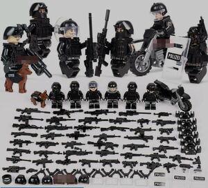 翌日発送 警察6体 バイク武器つきセット 戦争軍人軍隊マンミニフィグ LEGO 互換 ブロック ミニフィギュア レゴ 互換t27