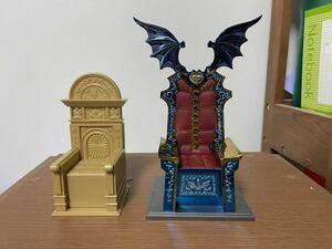 聖闘士星矢 教皇王座とハーデス王座 現状品
