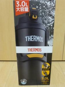 〇送料無料 新品未使用 サーモス 水筒 真空断熱スポーツジャグ 3.0L ブラックオレンジ FFV-3001 BKOR