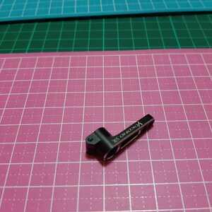 即決《送料無料》  サーボホーン アルミ製 クランプ式 サンワ/KO用      ラジコン ドリフト YD-2 ドリパケ