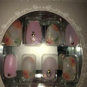 ネイルチップ ミディアム ジェルネイル ビジュー 花 フラワー ピンク 結婚式 夜 蝶 イベント パーティ フェミニン 簡単
