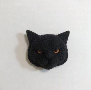 羊毛フェルト 猫ブローチ 黒猫 ハンドメイド