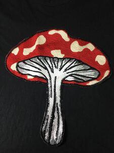 ワッペン きのこ 赤 縫い付けタイプ 大きめ 刺繍ワッペン
