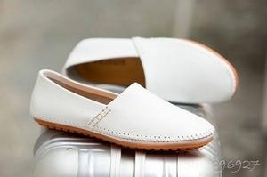 ★新品 足長25.5cm メンズレザーエンドウ豆の靴 怠惰な靴オフィス カジュアル 柔らかい 滑り止め 24~~28.5 4色【色とサイズが選べる】