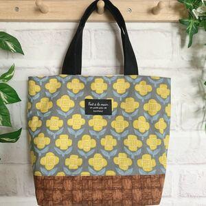 ハンドメイド ミニトートバッグ グレー&黄色いお花 花柄 北欧風 トートバッグ サブバッグ