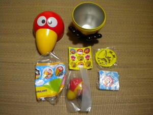 キョロちゃん おもちゃの缶詰