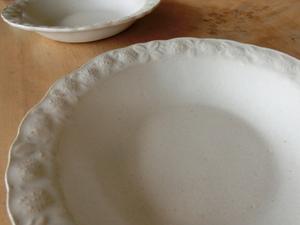 ◆益子焼 よしざわ窯 シロツメクサ スープ皿 月白 新品 2客 多用途 シチュー パスタ サラダ 炒飯 等 ◆