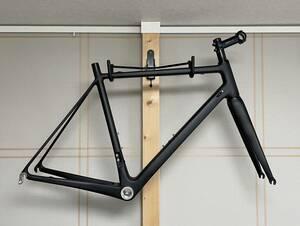 ロードバイク カーボンフレーム サイズL 56cm