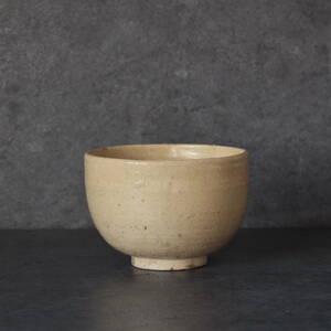 魅惑的な釉肌 瀬戸の白釉鉢 江戸後期頃