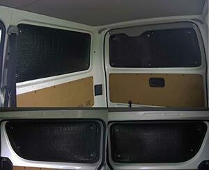 新品ゼンポー(Zenpo) 黒 ブラック 車種別サンシェード TOYOTA トヨタ ハイエース200系 1枚窓 5ド8MG8