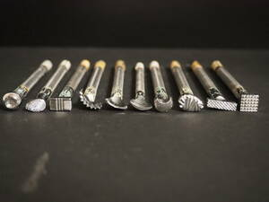 4【送料無料】 レザークラフト カービング 刻印 10本セット 工具 革 革細工 スタンプ 中古品