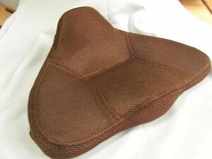 馬具マットエアー ブラウン PROIDEA プロイデア 腰らく 骨盤矯正 中古品