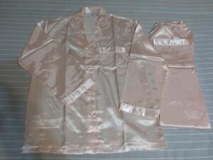 ◆【D&H シルクコレクション】ベビーピンク色 両襟薔薇柄刺繍入りシルクパジャマ◆