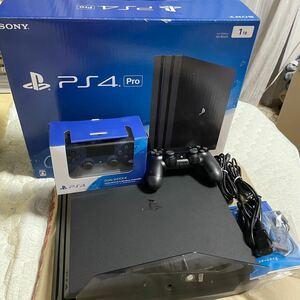 PlayStation4 Pro ジェット・ブラック 1TB CUH-7000BB01 【PS4 pro 本体】
