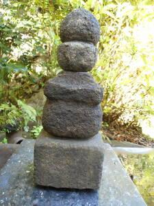 石仏「形が良い 五輪塔」室町鎌倉時代 岐阜の山寺より サイズ高さ35㎝ 幅13×13㎝ 重さ10㎏