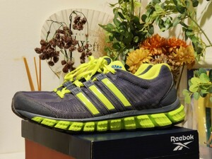 adidas ランニングシューズ 26.5CM G66670