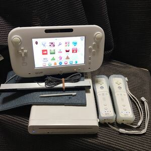 Wii U 本体32GB 大乱闘スマッシュブラザーズU ソフト付き 216.281