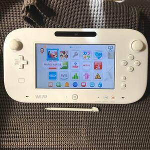Wii U 美品 ゲームパッド shiro 大容量バッテリーパック付き