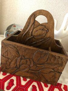 木彫りの小物入れ 17センチ 木彫