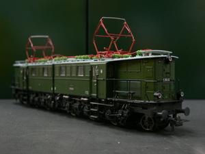 *もけいや松原* BRAWA 0210 DR E95ー02 緑色塗装 DC2線式