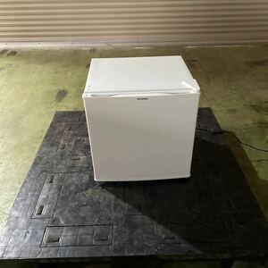 K1025-9 アイリスオーヤマ 冷蔵庫 45L 小型 静音 1ドア 右開き ホワイト IRR-A051D-W 2018年製