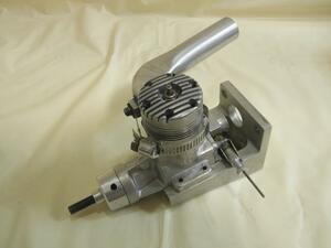 K&B 40 S カスタム 002696 Made in USA パイロンレーサー レーシングエンジン マウント マニホールド 付 CupCar