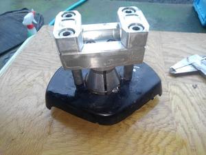 ●●マジェスティ125 Fi バーハンドル用 ハンドルポスト メーカー・詳細不明 流用・素材等に 336●●