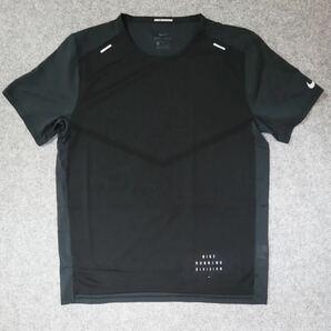 新品 定価7150円 Lサイズ NIKE ナイキ ランニングウェア Tシャツ 半袖 メンズ ライズ 365 ラン ディビジョン DA1306-010