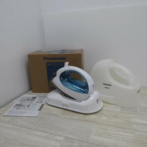 S9699【未使用】パナソニック コードレススチームアイロン ブルー NI-CL311-A
