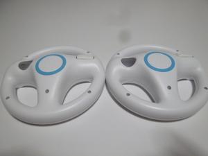 HD030《即日発送 送料無料 動作確認済》Wii マリオカート ハンドル 2個セット きれいです。 ステアリング