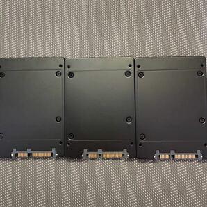 Sandisk SSD2.5インチSATA256GB/三枚セット5018.4669.4397