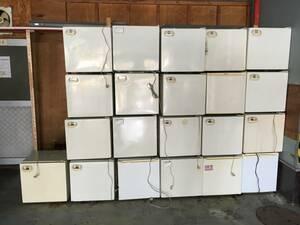 小型 冷蔵庫 一人暮らし用 ホテル 宿泊施設 などに 1~10台の出品です