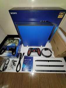 【おまけ付】PlayStation4 Pro ジェットブラック 1TB CUH-7200B プレイステーション4 縦置きスタンド ホコリフィルター コントローラー3個