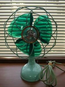 モスグリーン8インチ小型で可愛いMITSUBISHI 三菱20㎝ 扇風機 3枚羽 昭和レトロA.C.ELECTRIC FAN日本製Made in Japan稼働品インテリア