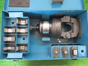 中古品 泉精機 IZUMI イズミ 油圧ヘッド 分離式 圧着工具 ヘッド部 12号A ダイス 10個付