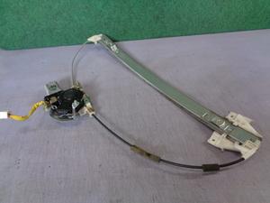 純正中古部品 マツダ MPV LW3W 前 右側 パワーウインドー レギュレターモーター 格安販売!