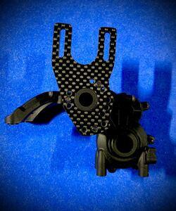 ヨコモ YD-2E用カーボン製軽量 ハイマウントモーターマウント 蕨山Carbon