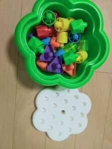 知育玩具 おもちゃ 積み木