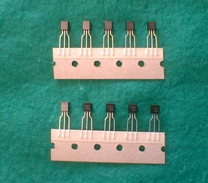 高精度可変シャント式安定化電源回路uPC1093J 10本1組LEDドライバーなどの定電流回路が簡単に作れる集積回路です送料63円